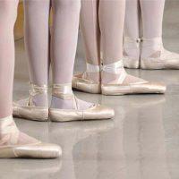 Balet violet